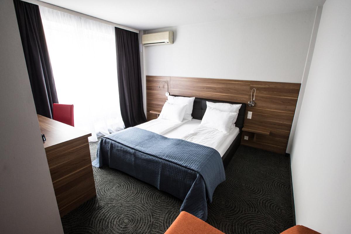 camera-hotel-timisoara